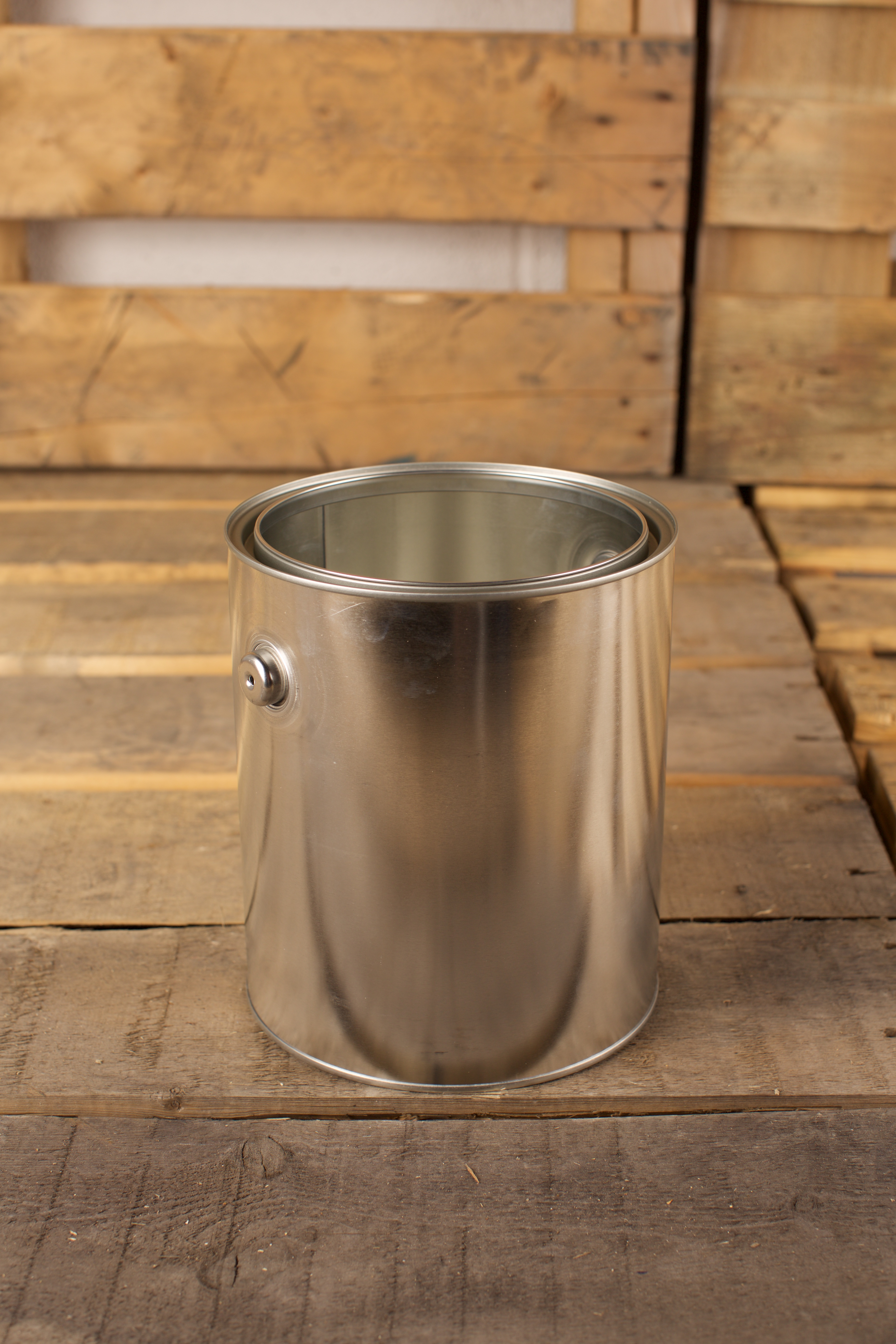 round metal paint can with ears 378 l 1 gallon les contenants jos lebel inc